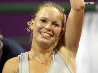 Wozniacki outlasts Azarenka at WTA Championships