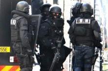 Object resembling an 'explosive belt' found in a dustbin in Paris suburb