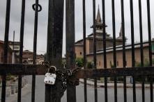 Fresh Restrictions Imposed in Srinagar in View of Friday Prayers at Historic Jamia Masjid