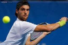 Sousa upsets Tursunov in St. Petersburg Open
