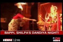 Watch: Shilpa Shetty, Bappi Lahiri celebrate Navratri