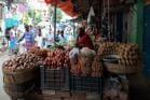 রাজ্য সরকার ঘোষণা করলেও বাজারে কমেনি আলুর দাম, নাজেহাল গৃহস্থ