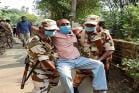 West Bengal Election Phase 5: নানা অভিযোগে বিদ্ধ, তবু দায়িত্বে অবিচল কেন্দ্রীয় বাহিনী! দেখুন ছবিতে...