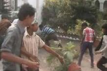 কংগ্রেস সমর্থকদের বাড়ি ভাঙচুর, মারধর