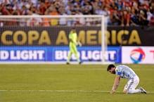 চোখের জলে আন্তর্জাতিক ফুটবলকে বিদায় মেসির