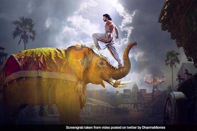 বাহুবলি ২-এর টিকিট চাই ? অগ্রিম বুকিংয়ের লাইন ৩ কিমি লম্বা !