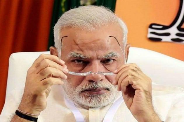 গুজরাত নির্বাচন: CM মোদির কাছে হারলেন PM মোদি