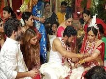 In Pics: রাজ শুভশ্রীর 'ওয়েডিং অ্যালবাম'