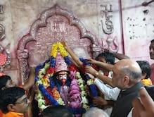 তারাপীঠ মন্দিরে পুজো দিলেন বিজেপির সভাপতি অমিত শাহ, দেখুন ছবি