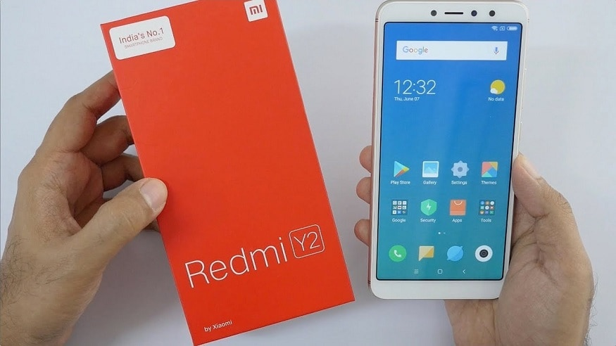 Redmi Y2 ফোনের 3GB+32GB ভেরিয়েন্টে দাম কমে এখন 8,999 টাকা হয়েছে।