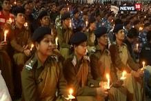 #PulwamaAttack: নিহত জওয়ানদের স্মরণে ভোপালে মোববাতি মিছিল