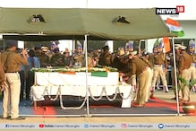 #PulwamaAttack: শহিদ জওয়ান বাবলু সাঁতরা ও সুদীপ বিশ্বাসকে শেষ শ্রদ্ধা কেন্দ্রীয় মন্ত্রী বাবুল সুপ্রিয়র