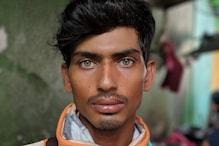 এই বাংলাদেশী নির্মাণকর্মীর তীক্ষ্ণ চাউনিই ঝড় তুলেছে সোশ্যাল মিডিয়ায়