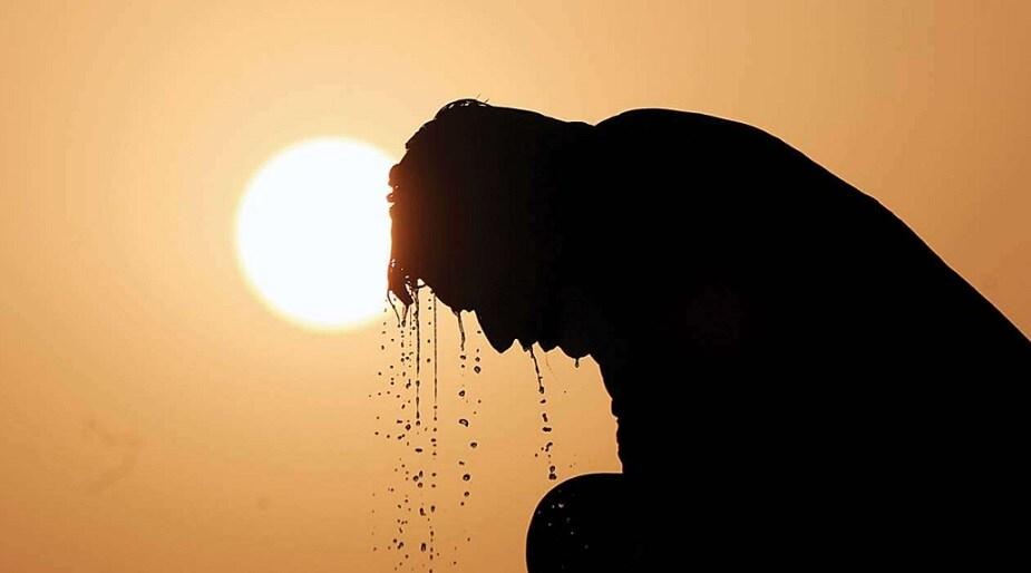 ♦ শ্রীনিকেতনে সর্বোচ্চ তাপমাত্রার পরিমাণ ছিল ৪০.৪ ডিগ্রি সেলসিয়াস ৷ বাতাসে আর্দ্রতার পরিমাণ ছিল ৩৩ শতাংশ ৷