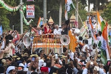 মোদির গড় বারাণসীতে প্রিয়াঙ্কা গান্ধির রোড শোতে জনজোয়ার