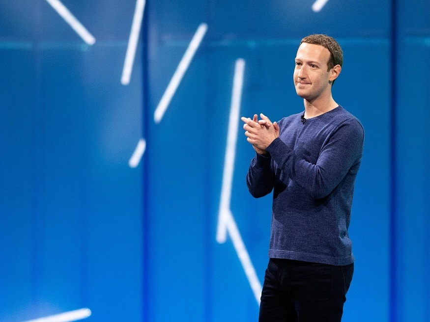 ২০১১ সালে জুকারবার্গ Google+-এর ফাউন্ডার ল্যারি পেজ ও সেরগে ব্রিন কে ছাপিয়ে গিয়ে তিনি হয়ে যান Google-এর সোশ্যাল নেটওয়ার্কিং সাইটে সবচেয়ে বেশি ফলোড ইউজার।
