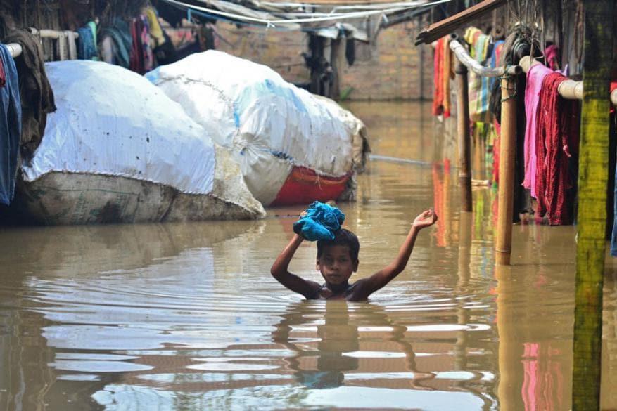 নাগাল্যান্ডে দিমাপুরে বন্যায় ভেসে গিয়েছে জনপদ (Image: AFP)