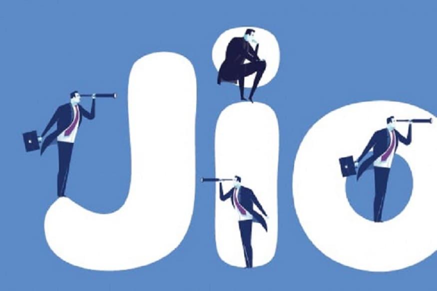 আপাতত ইংরাজি ও হিন্দি ভাষায় কাজ করবে জিও সারথী ডিজিটাল অ্যাসিস্ট্যান্ট। শিঘ্রই 12 টি প্রাদেশিক ভাষায় এই পরিষেবা শুরু করবে জিও।