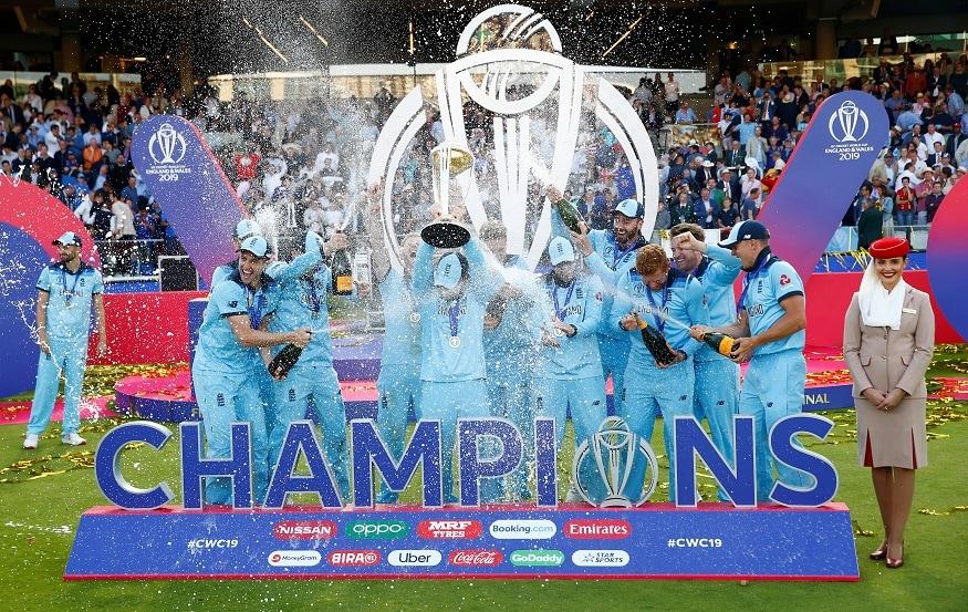দীর্ঘ দেড় মাসের ক্রিকেটের বিশ্বযুদ্ধ শেষ। ফাইনালে ম্যাচের সেরা বেন স্টোকস। টুর্নামেন্ট সেরা কেন উইলিয়ামসন। (Image: Reuters)