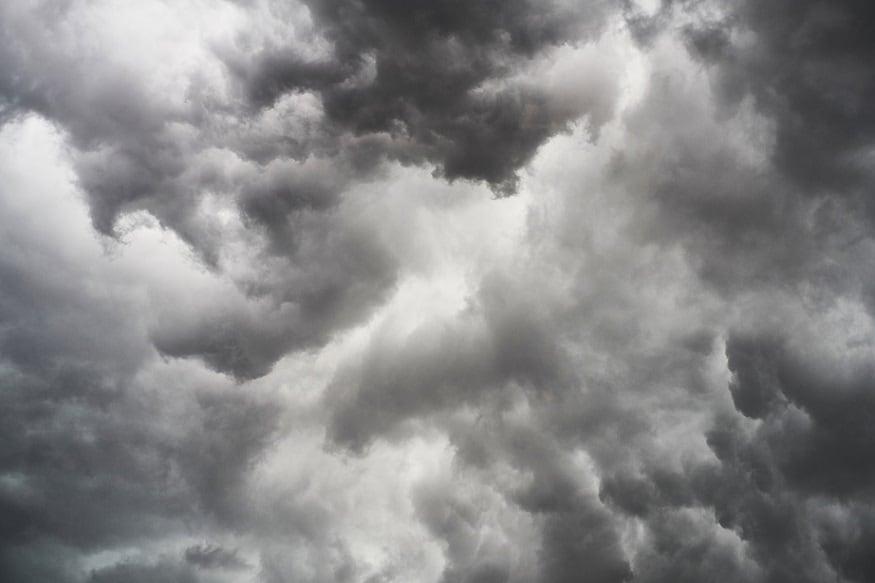 • বিক্ষিপ্তভাবে হালকা বৃষ্টি হতে পারে দক্ষিণবঙ্গে ৷