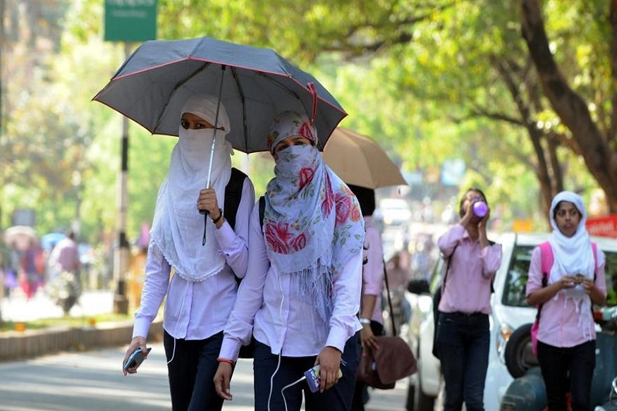 কলকাতার তাপমাত্রা আজ ২৮.৬ ডিগ্রি সেলসিয়াস ৷ স্বাভাবিকের থেকে যা ২ ডিগ্রি বেশি