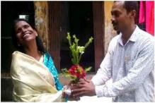 মুম্বইয়ে রেকর্ডিং সেরে রানাঘাটে ফিরতেই সংবর্ধনা, চোখের জল ধরে রাখতে পারলেন না 'ভাইরাল' রাণু