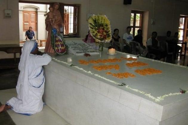 কলকাতার বুক থেকে নিঃশব্দেই মুছে গেল ঐতিহ্যের পিস হাভেন