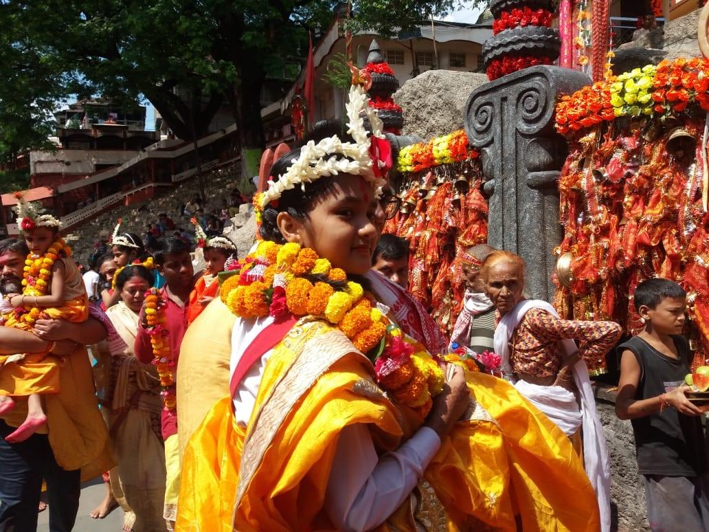 কামাখ্যায় নবরাত্রিতে কুমারী পুজো