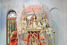 হরগৌরি রূপে দুর্গাপুজো, লাহাবাড়িতে স্বামী সোহাগী হয়ে দুর্গা বসেন শিবের কোলে