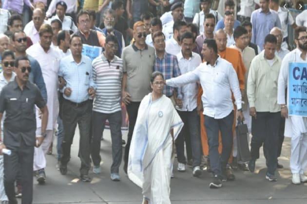 'ক্ষমতা থাকলে রাষ্ট্রসংঘের অধীনে CAA-NRC নিয়ে গণভোটে লড়ুন', মোদি-শাহকে চ্যালেঞ্জ মমতার