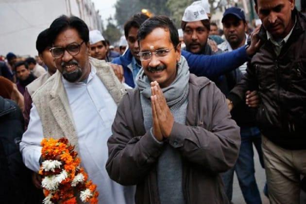 Delhi Assembly Elections 2020: 'গ্যারান্টি কার্ড' হাতে মনোনয়ন জমা দিচ্ছেন কেজরিওয়াল