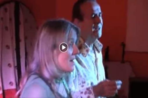 সোশ্যাল মিডিয়া তোলপাড় ! দুই বিদেশির রবীন্দ্রসঙ্গীতের ভিডিও সুপারফাস্ট গতিতে ভাইরাল