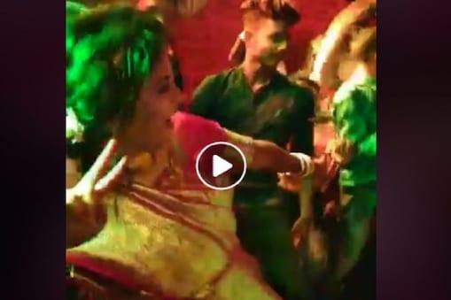 বিয়েবাড়ি কাঁপানো বউদি, সুপারহিট গানে শাড়ি পরে তুমুল নাচ বউয়ের, ভিডিও দুরন্ত গতিতে ভাইরাল