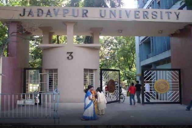 যাদবপুর বিশ্ববিদ্যালয়ের ছাত্র ভোটে এবার সম্মুখ সমরে এবিভিপি
