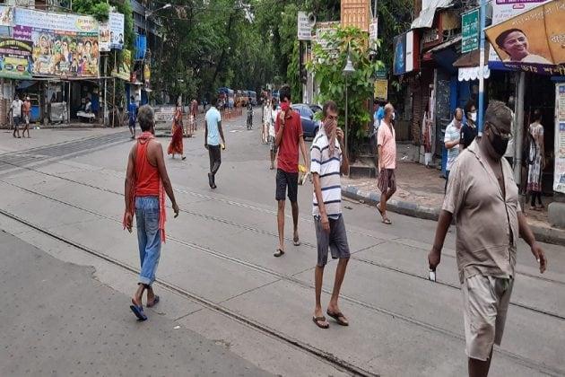 মুখ্যমন্ত্রীর আবেদনেও 'ডোন্ট কেয়ার', কলকাতার অতি বিপজ্জনক এলাকায় অবাধে ঘুরছে মানুষ