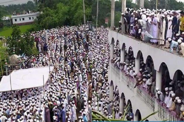 নিজামুদ্দিনেও শিক্ষা হল না, লকডাউন ভেঙে মওলানার শেষকৃত্যে সামিল কয়েক হাজার মানুষ