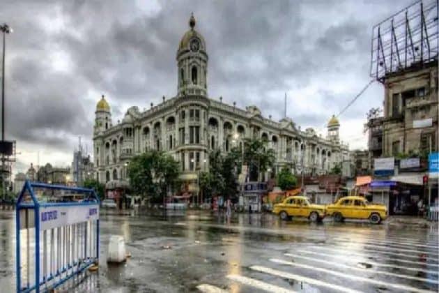 আমফানের ভয়! কলকাতায় বন্ধ সব উড়ালপুল, বন্ধ হলো বিশ্ব বাংলা গেটের নীচের রাস্তা