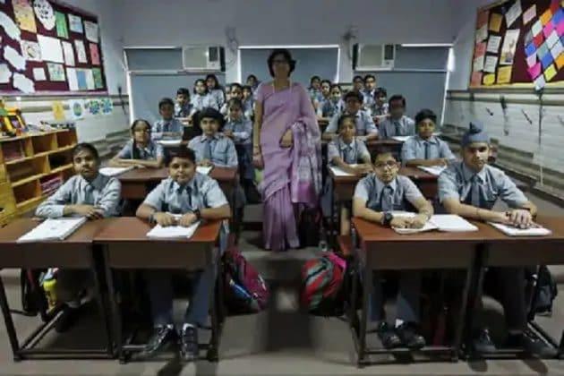 জুলাই মাসে বন্ধ থাকবে রাজ্যের সমস্ত স্কুল, অনিশ্চিত কলেজের পঠনপাঠন