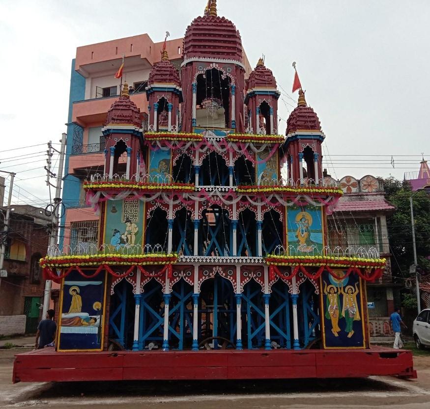 করোনা আবহে রথযাত্রার জৌলুস উধাও। জমায়েতে নিষেধাজ্ঞা। এবার একলা রথ। টান পড়বে না রথের রশিতে। ঘুরবে না রথের চাকা। (Picture Courtesy: Abir Ghoshal)