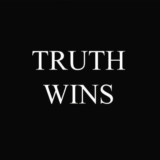 • সোশ্যাল মিডিয়ায় অঙ্কিতা পোস্ট করেছেন 'ট্রুথ উইনস', অর্থাৎ 'সত্যের জয় হবেই ।' ক্যাপশনে লিখেছেন, 'হ্যাঁ এটা সত্যি । আর এটা হবেই ।'
