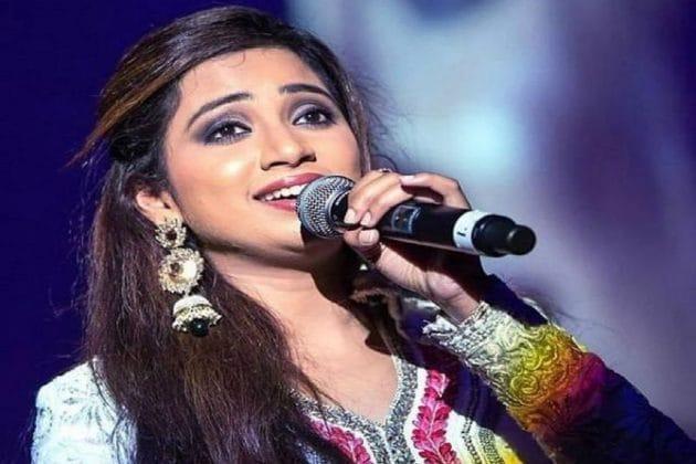 খালি গলায় 'রঞ্জিস হি সাহি' গাইলেন শ্রেয়া ঘোষাল ! মুহূর্তে ভাইরাল ভিডিও
