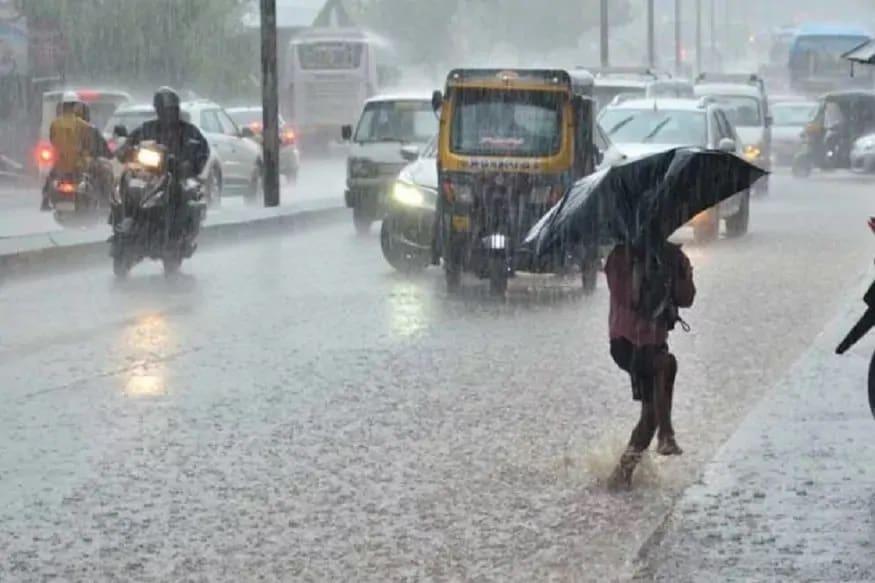 কলকাতাতেও ভারী বৃষ্টির সতর্কা জারি হয়েছে। জলমগ্ন হতে পারে কলকাতা ও শহরতলি।