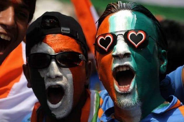 IPL2020: ধোনি...বিরাট...! দর্শকশূন্য স্টেডিয়ামে দর্শকদের কৃত্রিম চিত্কার মাতাবে IPL