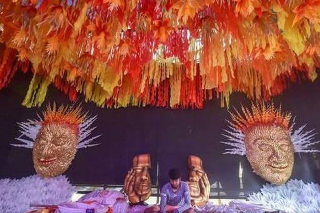 শিল্পী যখন নিজেই 'থিম', বাংলার প্রথম থিম মেকার