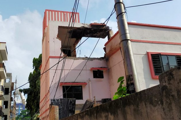 খোদ কলকাতায় খাগড়াগড় কাণ্ডের ছায়া, বেলেঘাটার ক্লাবের নীচে বাচ্চারা কম্পিউটার শিখতে আসত