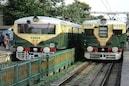 কালীপুজোর আগে কি চলবে লোকাল ট্রেন?দিনক্ষণ স্থির করতে চাইছে রেল
