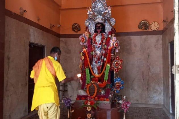 সাধক কমলাকান্তের অলৌকিক ক্ষমতায় বারে বারে মুগ্ধ হয়েছিলেন বর্ধমানের মহারাজা