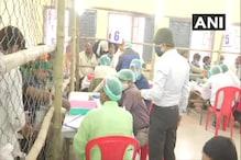 Bihar Election Result 2020: প্রাথমিক গণনায় হাড্ডাহাড্ডি লড়াইয়ের ইঙ্গিত, চলছে গণনা, দেখুন ছবি