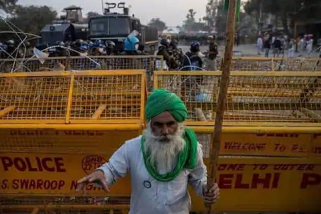 Bharat Bandh: ব্যাঙ্ক থেকে হোটেল-রেস্তোরাঁ, দেখে নিন আজ কী কী খোলা থাকবে না ....