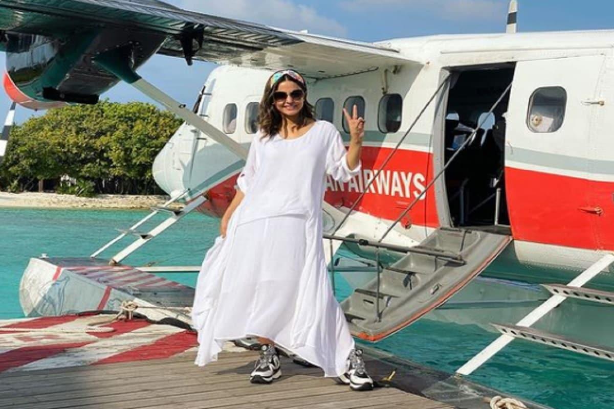 বিগ বস ১৪তে হিনা খান, সিদ্ধার্থ শুক্লা, গহর খান বিগ বসের ঘরে তুফানি সিনিয়র হিসাবে প্রবেশ করেছেন ৷ তাঁদের খেলা ভক্তদের ভালই লেগেছিল ৷ @realhinakhan/Instagram.